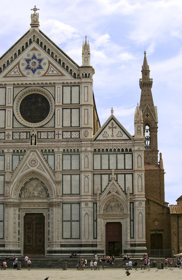 Die Basilikadi Santa Croce in Florenz lizenzfreie stockfotos