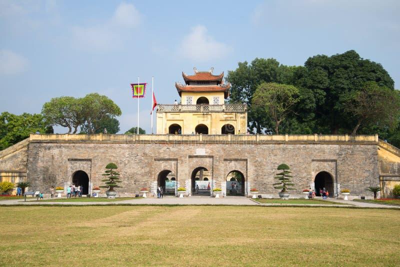 Die Bastion mit dem Haupttor Die zentrale Zitadelle von Hanoi, Vietnam stockbild