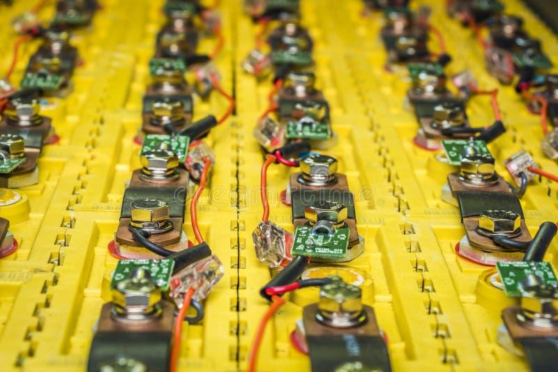 Die Batterien im Elektroauto lizenzfreies stockfoto