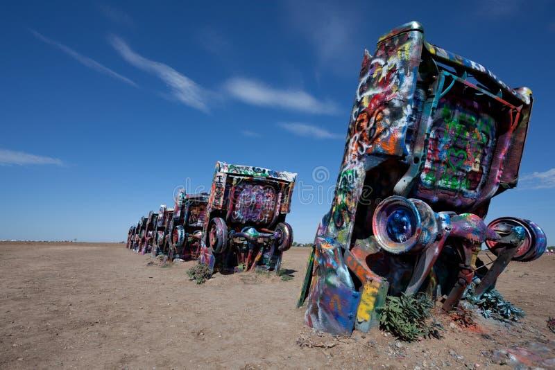 Die berühmte Cadillac-Ranch, Amarillo Texas lizenzfreies stockbild