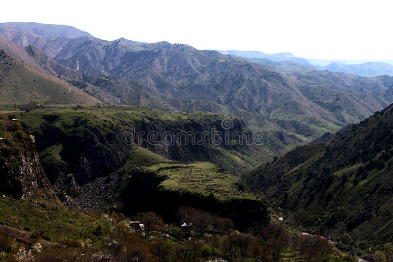 Die Berge von Armenien - terrestrische Schönheit lizenzfreie stockbilder