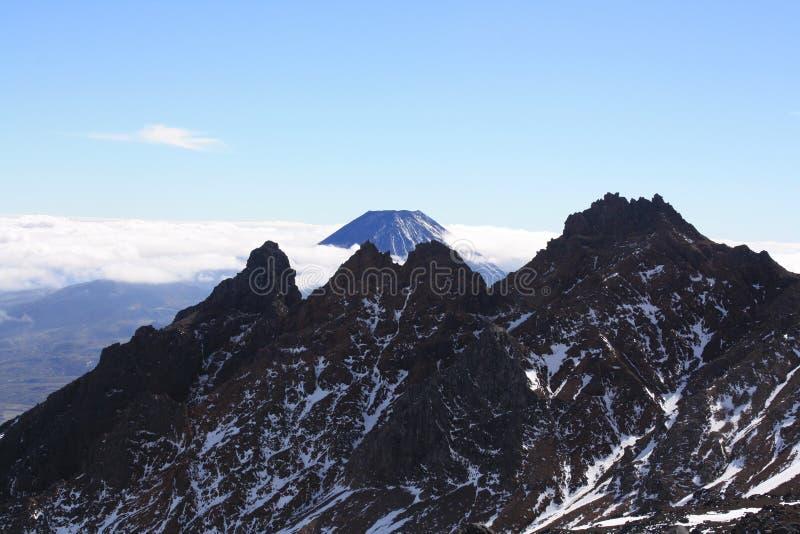 Die Berggipfel lizenzfreies stockbild