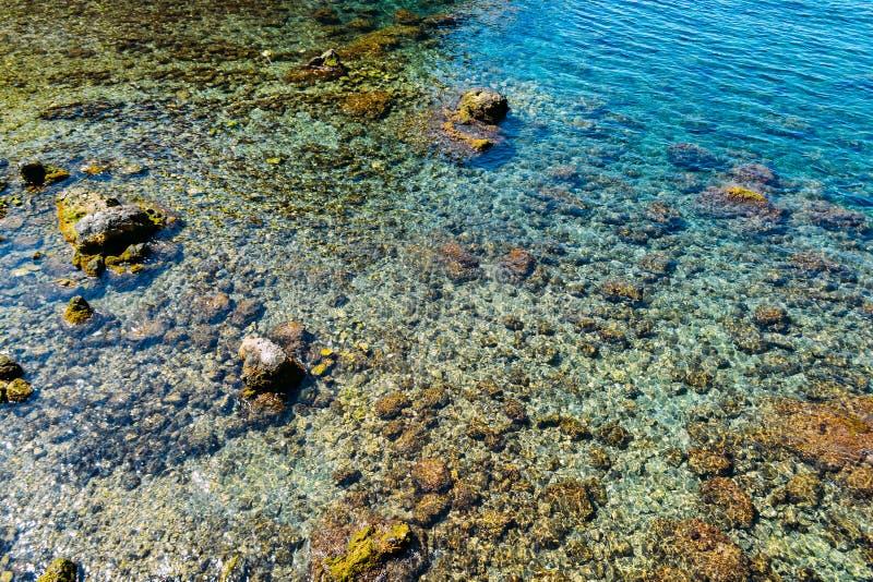 Die Beschaffenheit des Wassers des adriatischen Meeres lizenzfreie stockfotografie