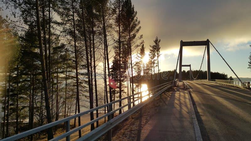 Die Brücke auf der Straße zum sysma Finnland lizenzfreie stockfotos
