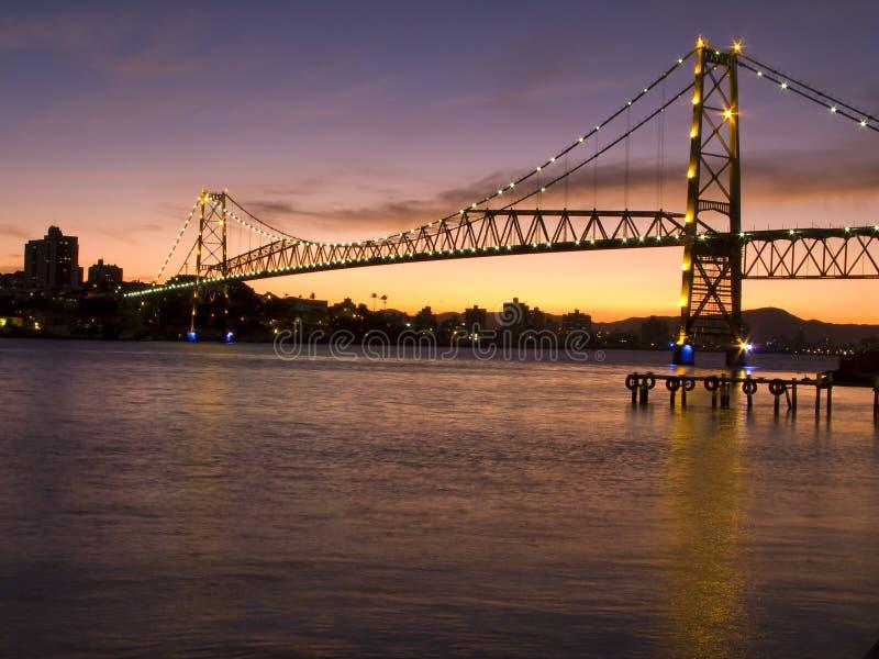 Die Brücke Hercilio Luz ist eine des größten brid stockfoto