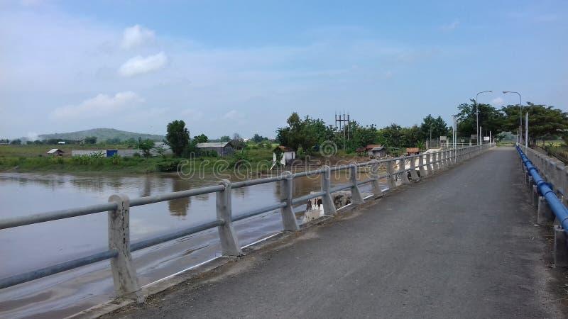 Die Brücke von Damm Benges Sendangharjo Brondong Lamongan Ost-Java Indonesia stockbild