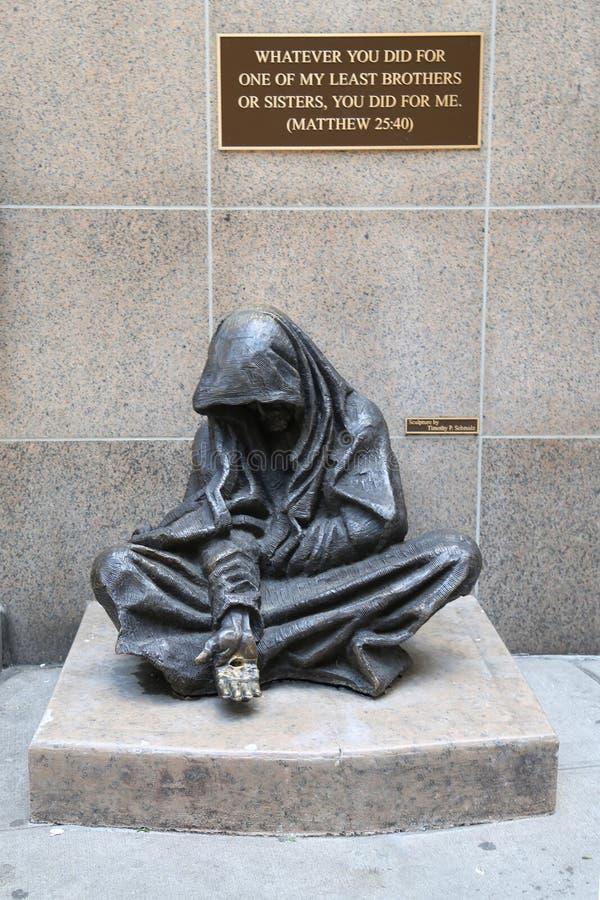 Die Bronzestatue des obdachlosen Jesuss lizenzfreie stockbilder