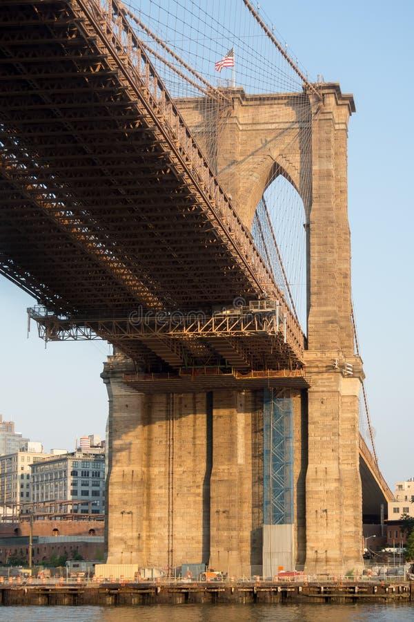 Die Brooklyn-Brücke in New York stockfotografie