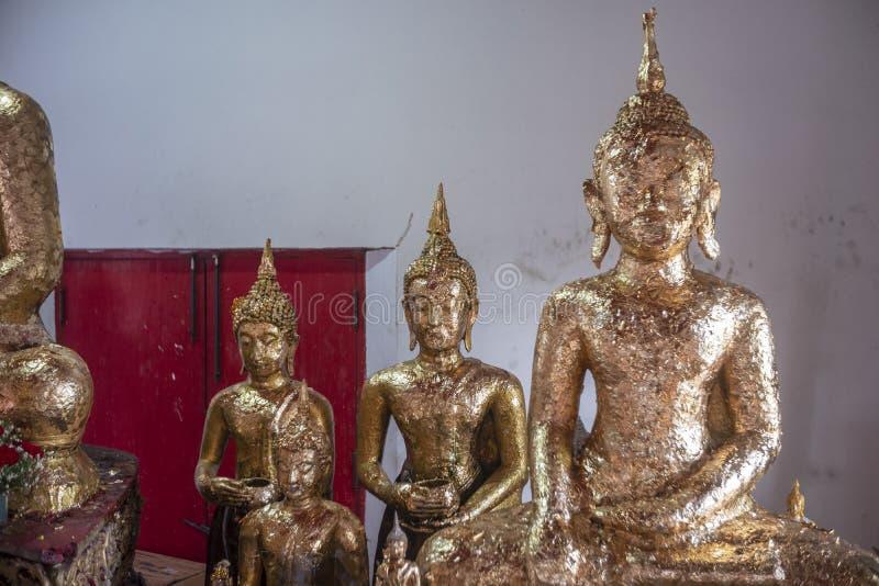 Die Buddha-Statue stockbild