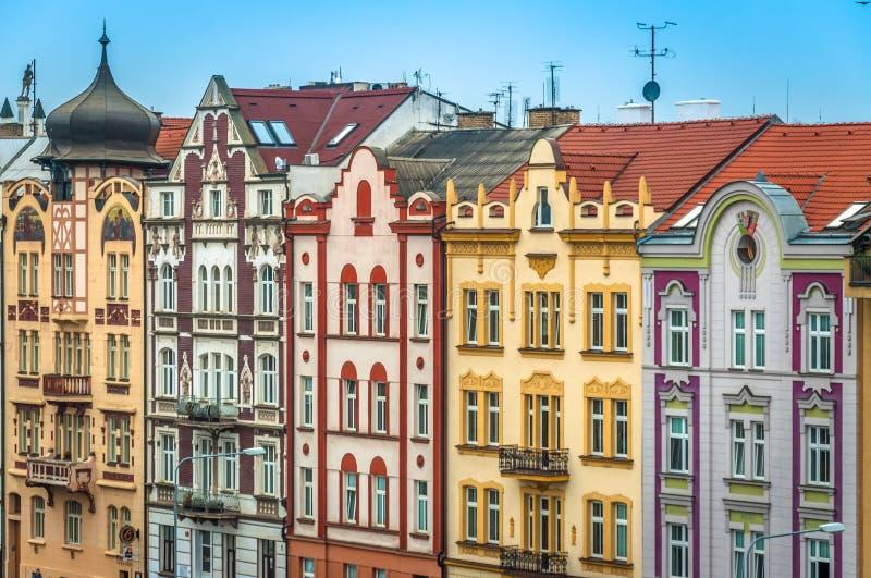 Die bunten Häuser von Pilsen lizenzfreie stockbilder