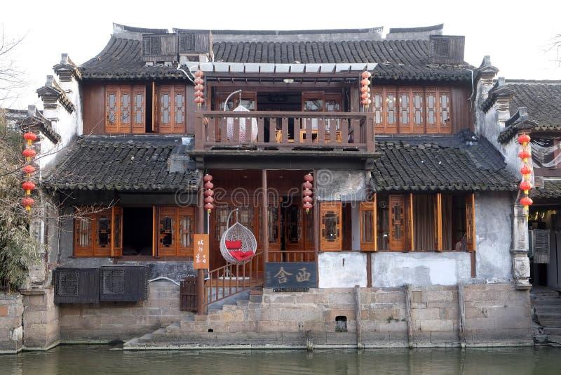 Download Die Chinesische Architektur Gebaude Welche Wasserkanale Zu Xitang Stadt In Zhejiang