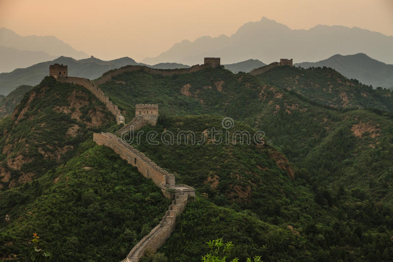 Die Chinesische Mauer von China bei Jinshanling lizenzfreie stockfotos