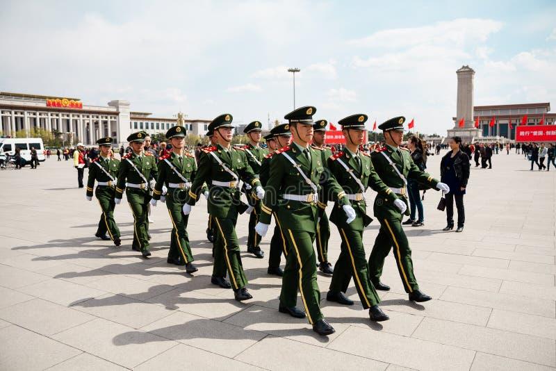 Die chinesischen Soldaten lizenzfreie stockfotografie