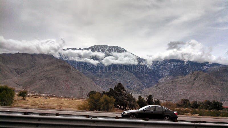Die Colorado Rockies während des Spätwinters lizenzfreie stockbilder