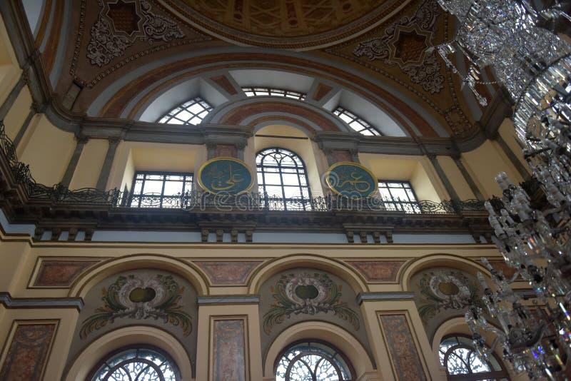 Die Dolmabahce-Moschee ist in Istanbul, die Türkei Es war commissione lizenzfreies stockfoto