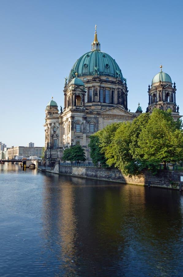Die Dom in Berlin lizenzfreie stockbilder