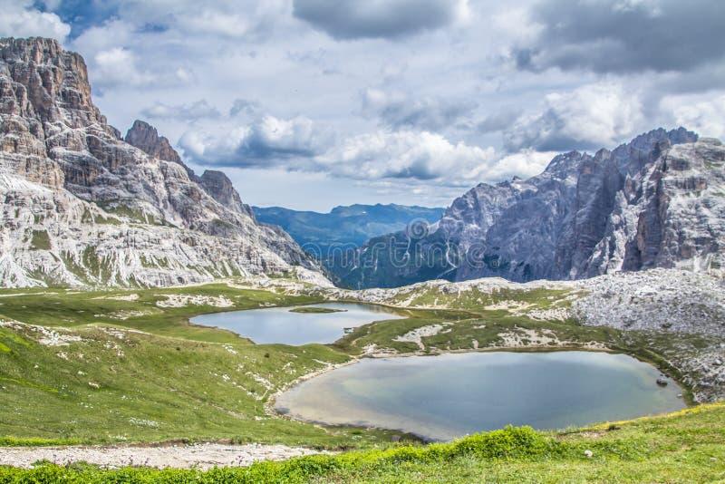 Die drei Spitzen von Lavaredo-Italiener: Tre Cime di Lavaredo, in den Sexten-Dolomit von nordöstlichem ich lizenzfreie stockfotografie