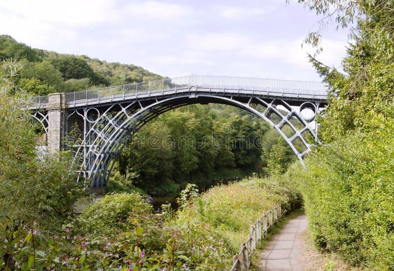Die Eisen-Brücke über dem Fluss Severn lizenzfreies stockfoto