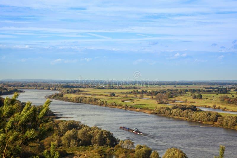 Die Elbe-Wicklung durch Wendland-Region lizenzfreies stockfoto