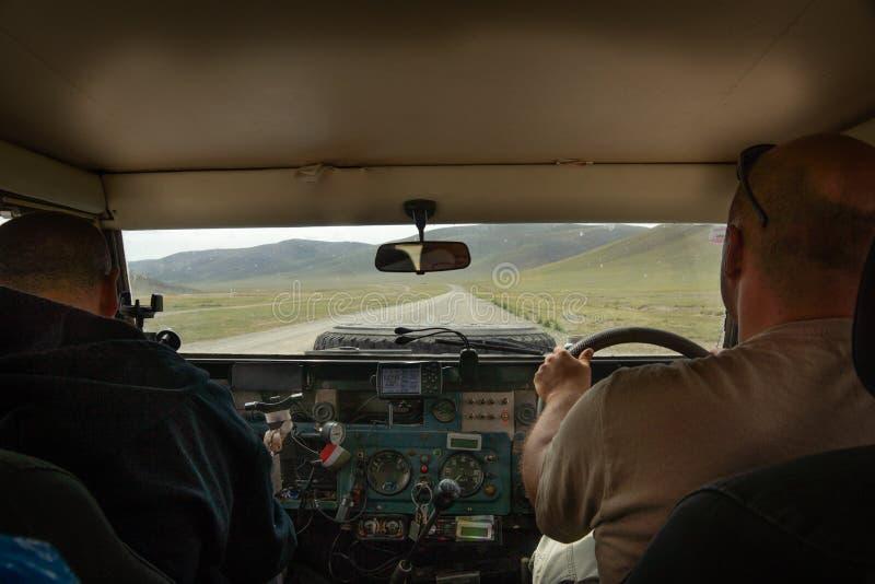 Die Expedition durch mongolische Wüste stockfoto