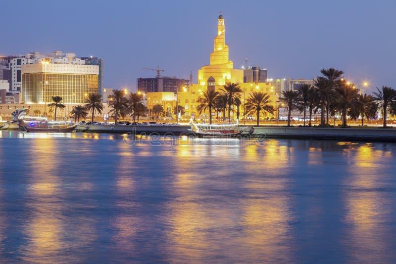 Die Fanar-Moschee in Doha lizenzfreies stockbild