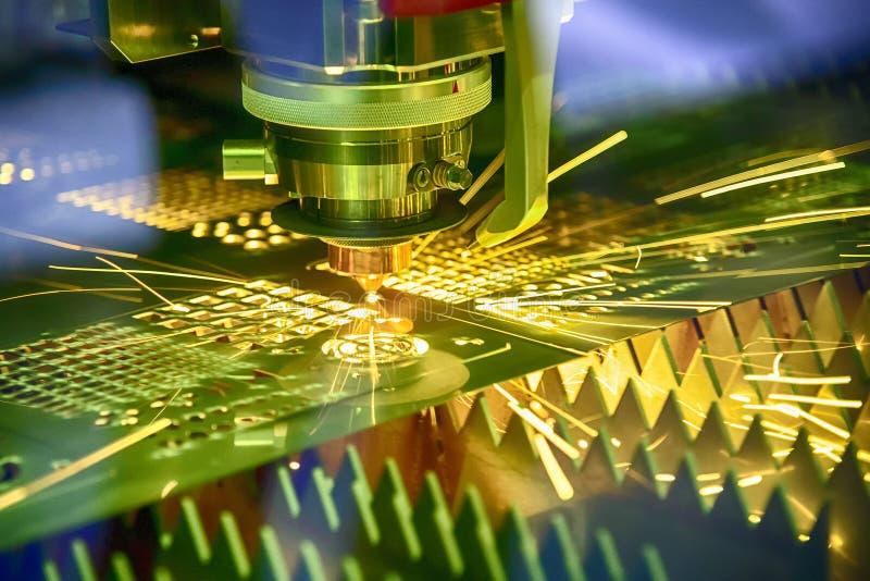 Die Faserlaser-Schneidemaschine stockbild