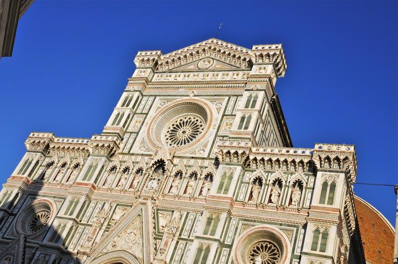 Die Fassade der Kathedrale von Florenz lizenzfreie stockfotos