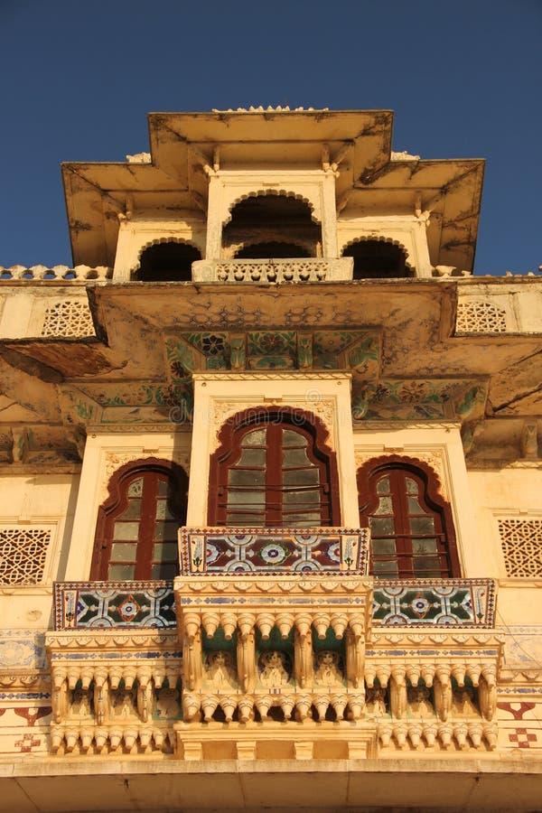 Die Fassade von einem Haveli lizenzfreies stockbild