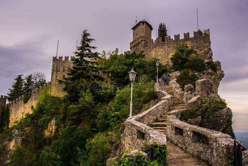 Die Festung von San Marino lizenzfreie stockbilder