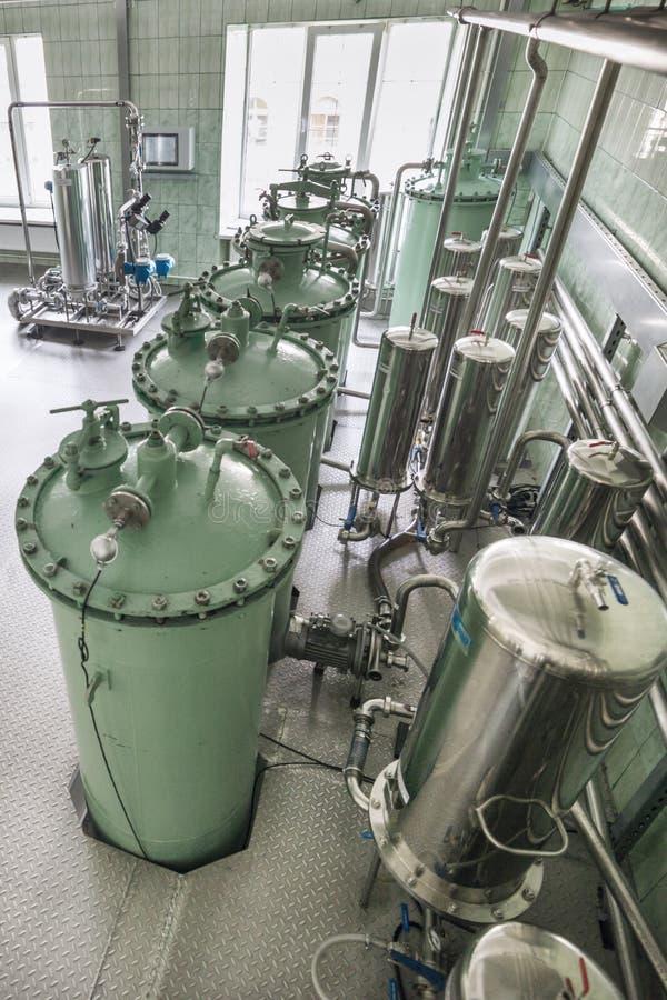 Die Filtrationseinheit, das industrielle Filtrationssystem für Flüssigkeiten lizenzfreies stockfoto