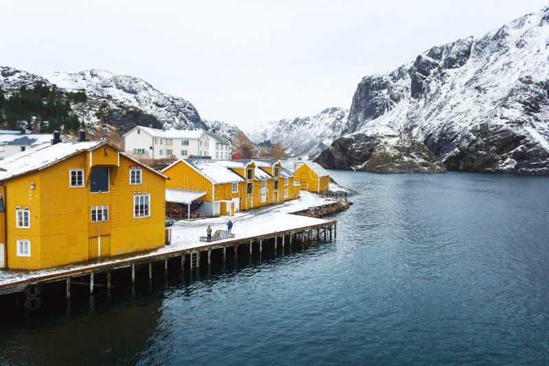 Die Fischenbucht von Lofotens stockfotografie