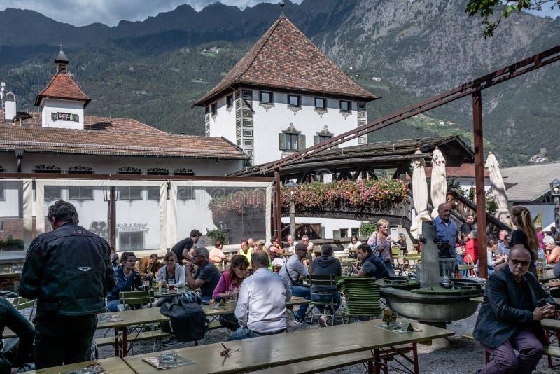 Die Forst-Brauerei, im Jahre 1857 gegründet, bekannt als eine der größten Brauereien im Ganzen von Italien und ist im Wald p lizenzfreie stockfotografie