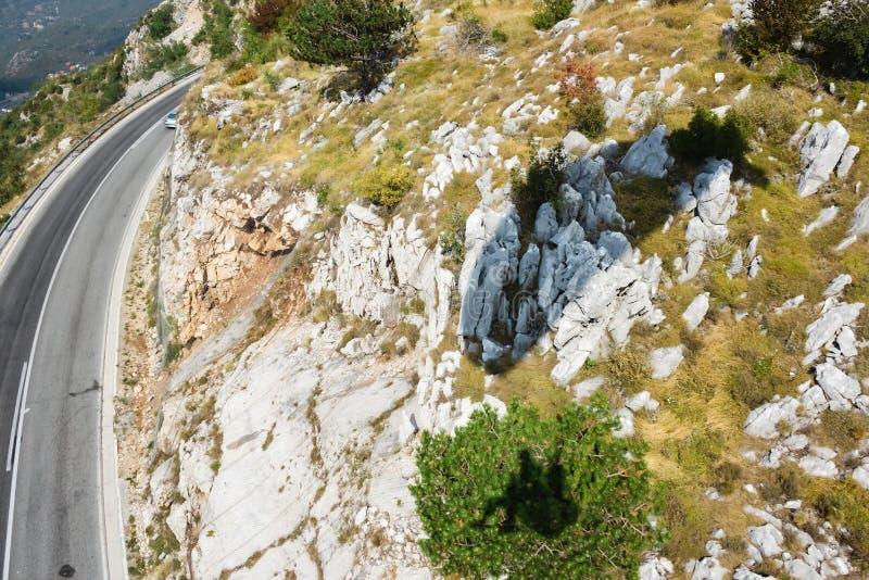 Die Gebirgsstraße in Montenegro lizenzfreie stockfotos