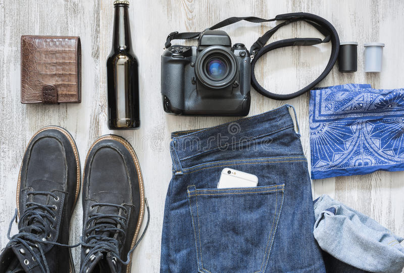 Die Gegenstände eines Filmphotographen stockfotografie