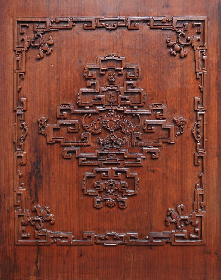 Die geschnitzte Tür lizenzfreies stockbild