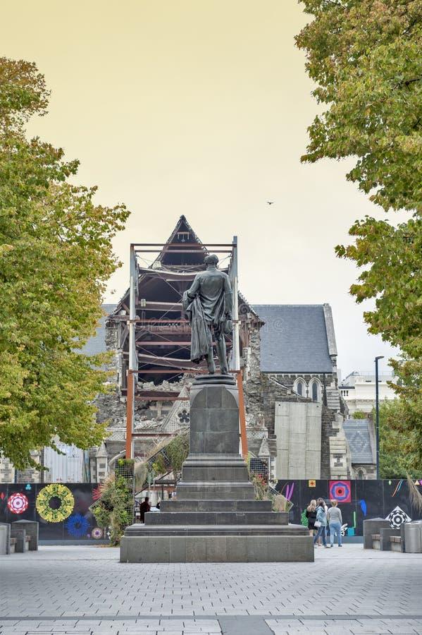 Die Godley-Statue aufgestellt vor der Christchurch-Kathedrale am Kathedralen-Quadrat als Gedenken zu John Robert Godley stockfotos
