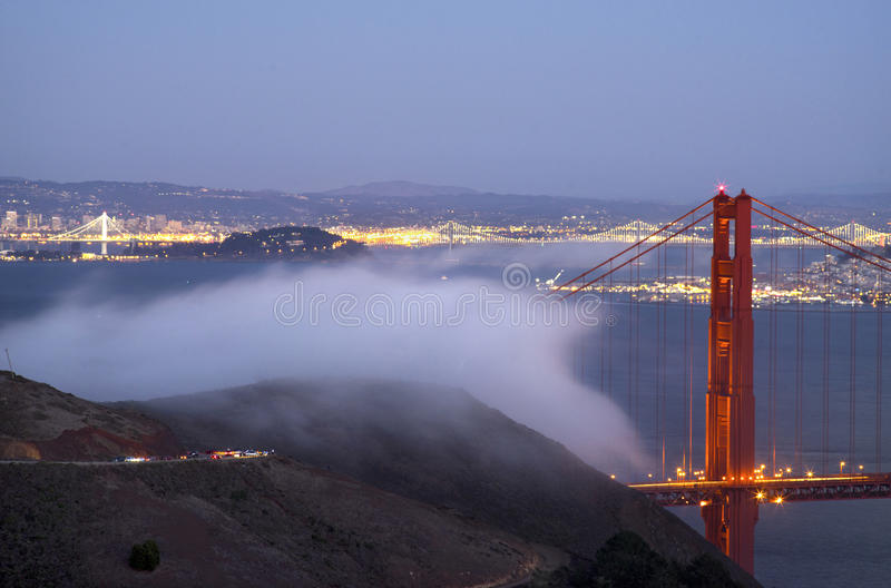 Die GoldenGate-Brücke lizenzfreies stockfoto