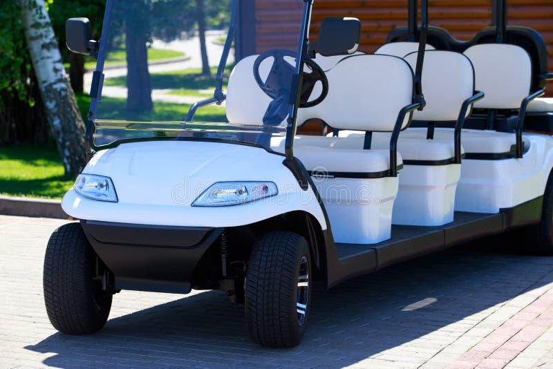 Die Golfmaschine lizenzfreies stockfoto