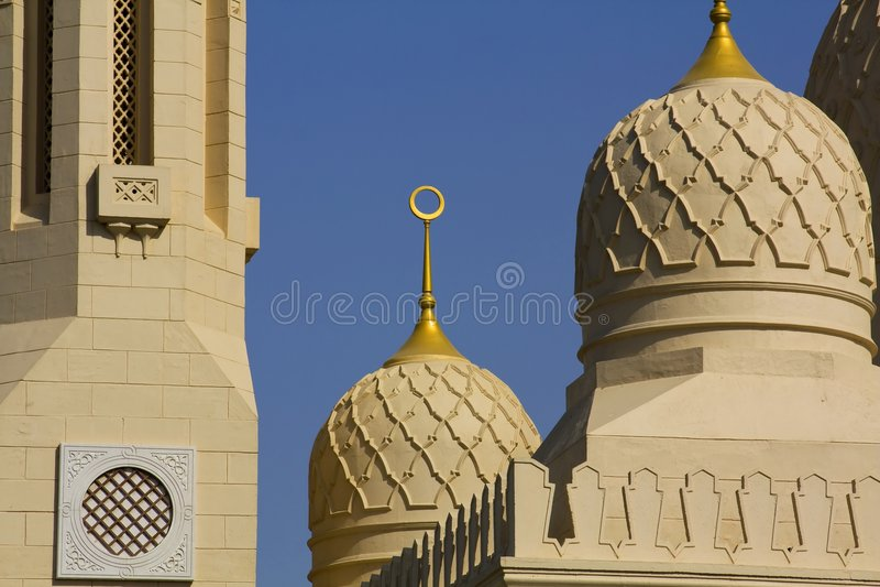 Die großartige jumeirah Moschee in Dubai stockfotos