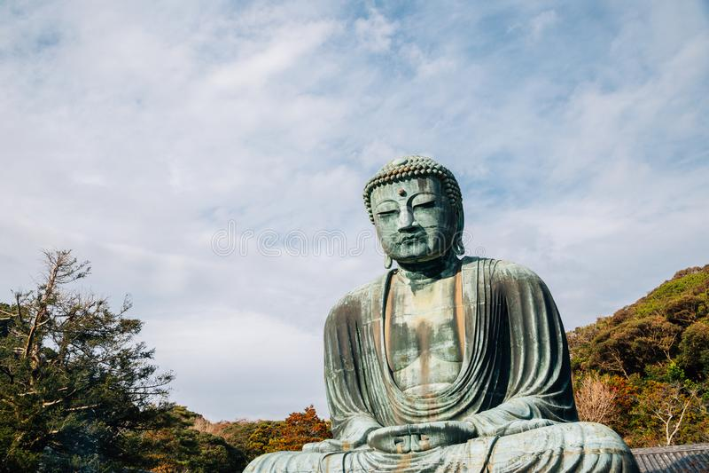Die große Buddha-Bronzestatue Kotoku-in am Tempel in Kamakura, Japan lizenzfreies stockfoto