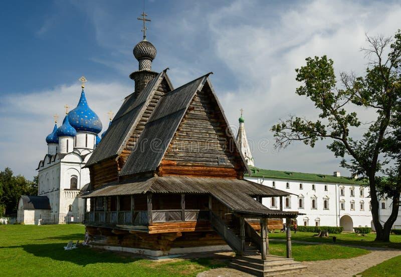 Die hölzerne Kirche von Sankt Nikolaus im Kreml von Suzdal Goldener Ring, Russland lizenzfreie stockbilder