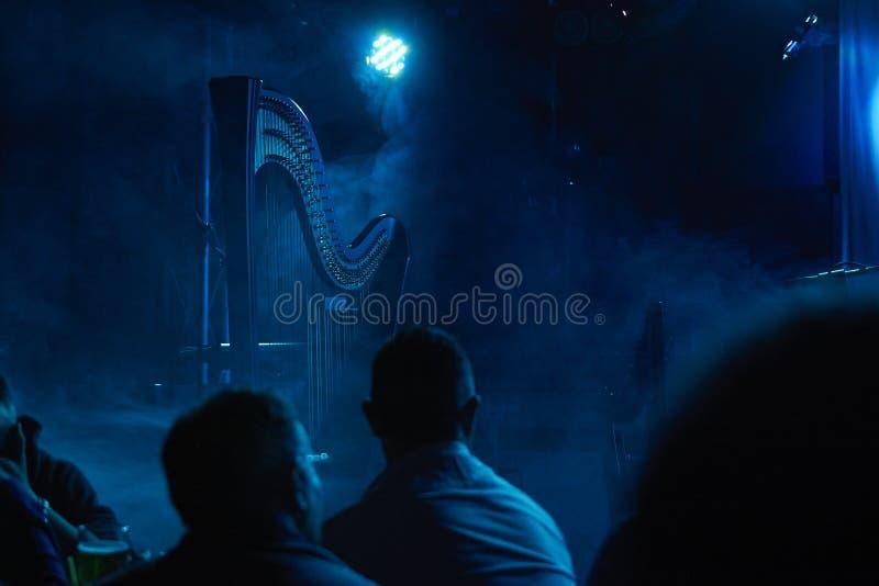 Die Harfe auf Stadium lizenzfreies stockfoto