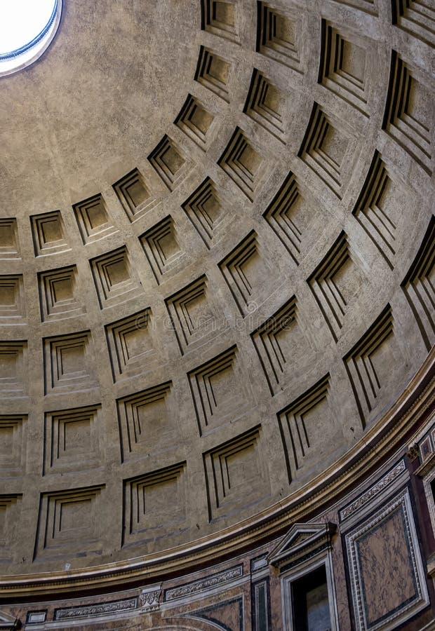 Die Haube des Pantheons in Rom, Italien stockfotografie