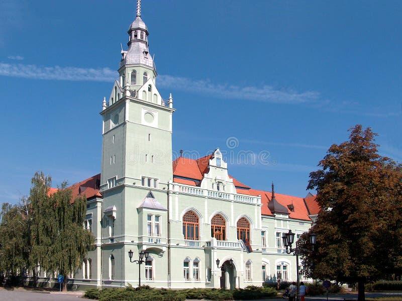 Die Hauptstraße der Stadt von Apatin, Vojvodina, Serbien stockfotografie