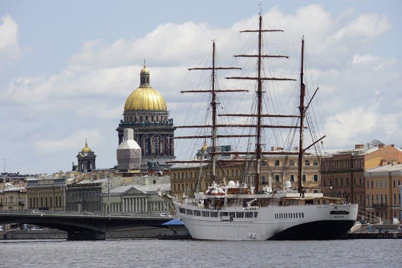 Die historische Mitte von St Petersburg stockfotos