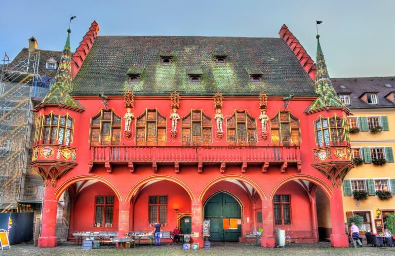 Die historischen Kaufleute Hall auf dem Münster-Quadrat in Freiburg im Breisgau, Deutschland stockbild