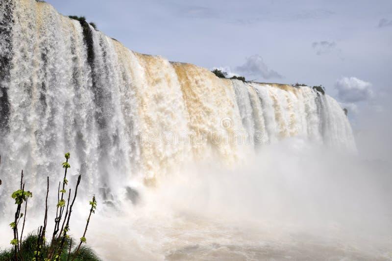 Die Iguaçu-Wasserfälle Brasilianerseite lizenzfreie stockbilder