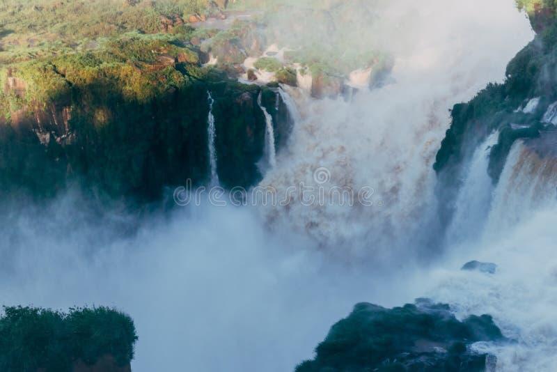 Die Igua?u-Wasserf?lle in Provinz Argentiniens Misiones lizenzfreie stockfotos