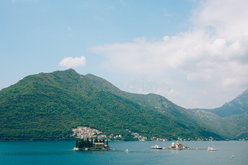 Download Die Insel Von Gospa Od Skrpjela, Kotor-Bucht, Montenegro Stockbild - Bild von kirche, nave: 90233995