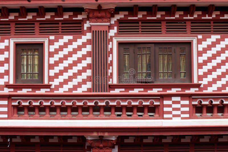 Die interessante Architektur roten Moscheen-Jami-ULs-Alfar in Colo lizenzfreies stockfoto